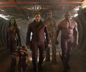 Zoe-Saldana-Chris-Pratt-and-Dave-Bautista-in-Guardians-of-the-Galaxy-2014-Movie-Image2
